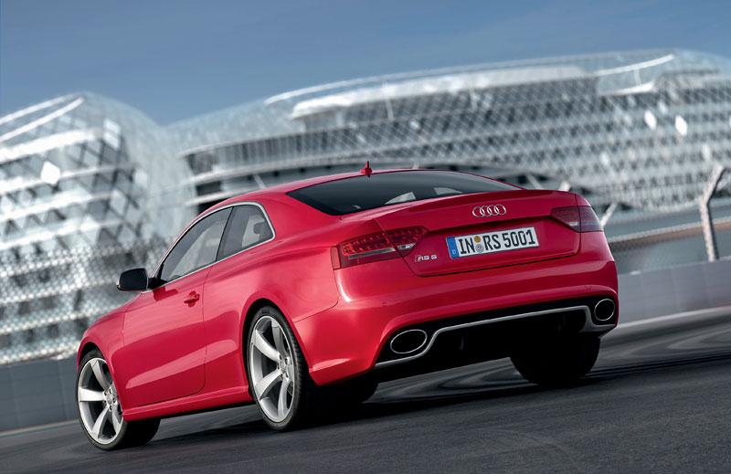 Audi RS5: velká fotogalerie: - fotka 73