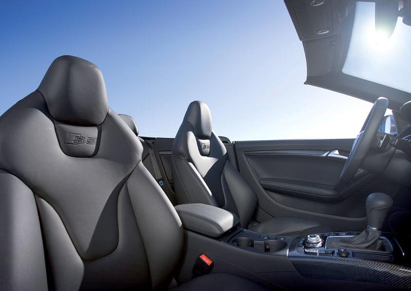 Za volantem: Audi A5 Cabriolet: - fotka 47