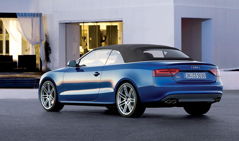 Za volantem: Audi A5 Cabriolet: - fotka 69