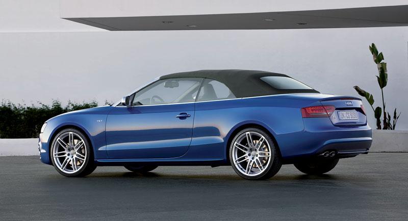 Za volantem: Audi A5 Cabriolet: - fotka 75