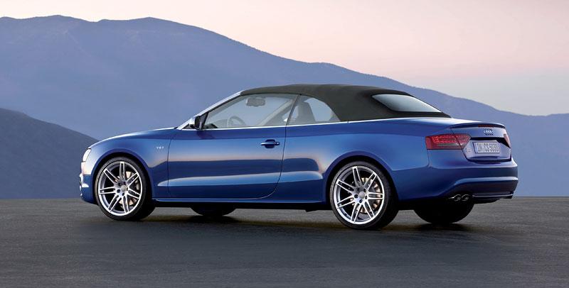 Za volantem: Audi A5 Cabriolet: - fotka 80
