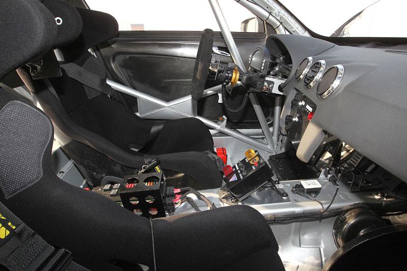 Audi TT RS GT4: závoďák (skoro) pro každého: - fotka 1