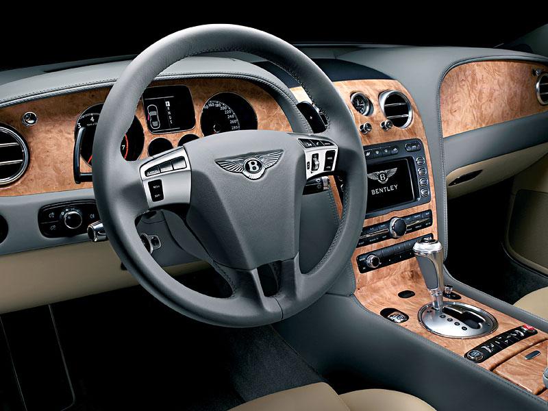 Bentley výrobu neomezuje, jen nedělá auta...: - fotka 1