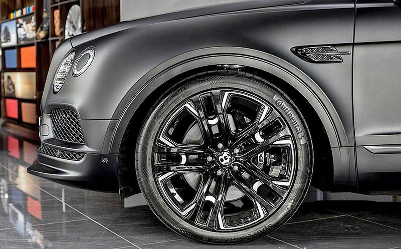 Bentley Bentayga Le Mans Edition od Kahn Design sází především na vzhled: - fotka 8