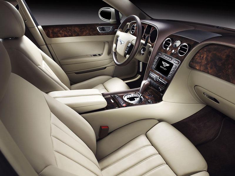 Bentley výrobu neomezuje, jen nedělá auta...: - fotka 9