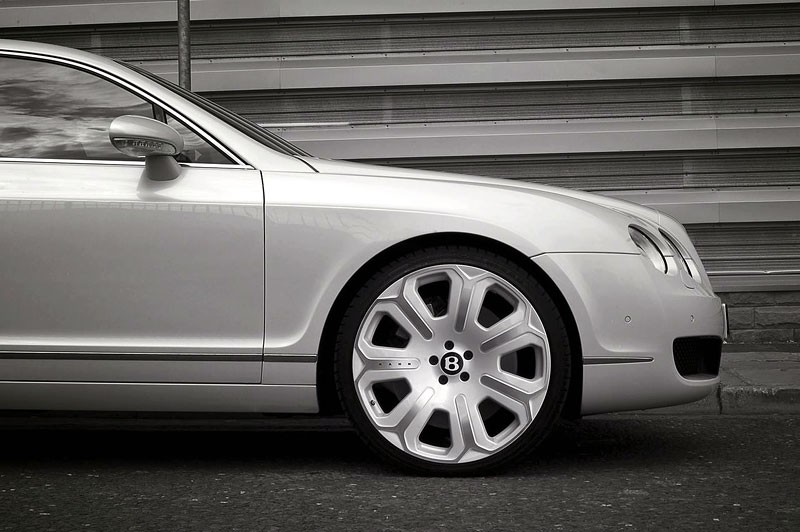Bentley Continental Flying Spur Pearl White Edition od Project Kahn: - fotka 4
