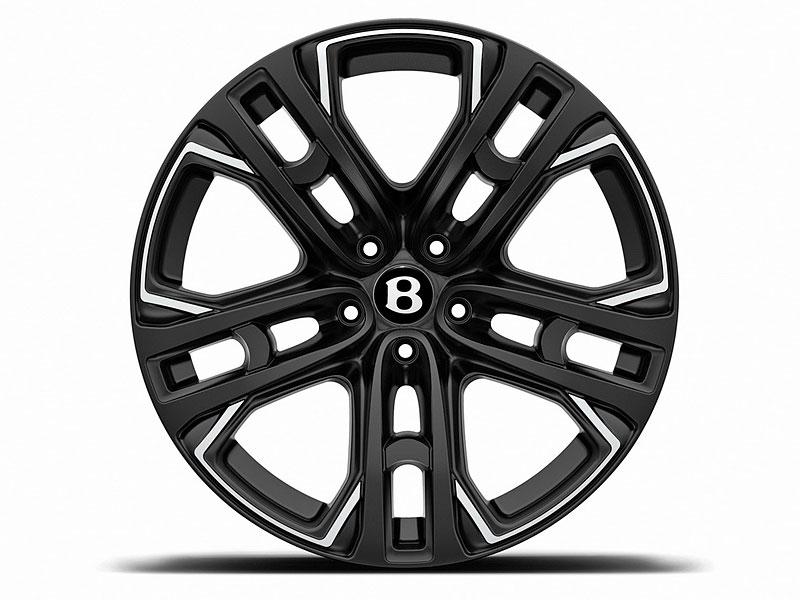 Bentley Bentayga v decentní úpravě od WheelsAndMore s výkonem 710 koní: - fotka 10