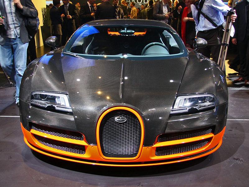 Paříž 2010 živě: Bugatti Veyron Super Sport: - fotka 3