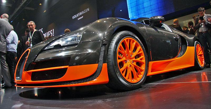 Paříž 2010 živě: Bugatti Veyron Super Sport: - fotka 6