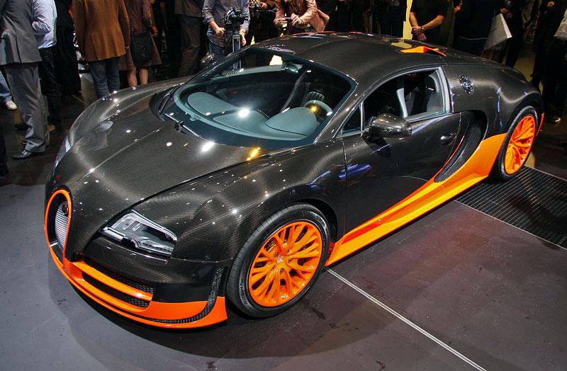 Paříž 2010 živě: Bugatti Veyron Super Sport: - fotka 7