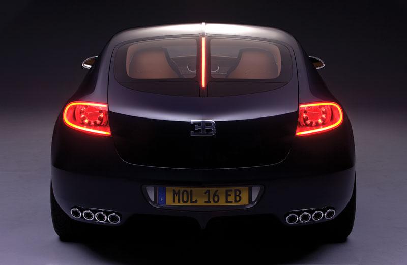 Bugatti: Čtyřdveřová verze ani silnější Veyron nebudou: - fotka 17