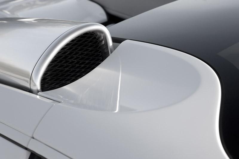 Bugatti Veyron 16.4 Grand Sport - konečně targa: - fotka 48