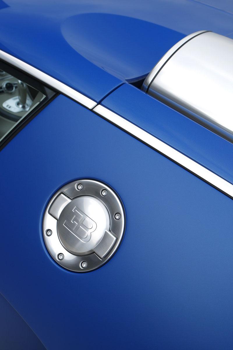 Autosalon Ženeva: Bugatti Veyron Bleu Centenaire: - fotka 21