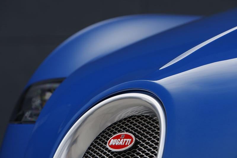 Autosalon Ženeva: Bugatti Veyron Bleu Centenaire: - fotka 23
