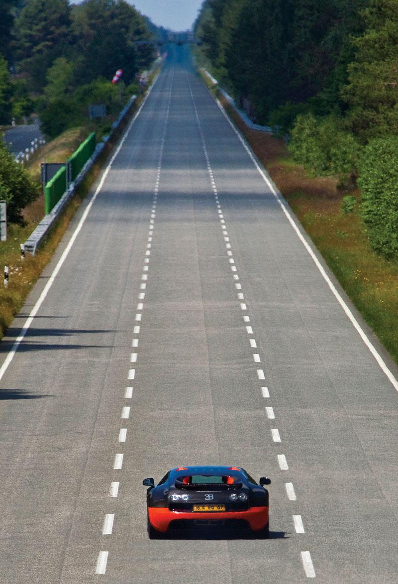 Bugatti Veyron Super Sport: první foto produkční verze: - fotka 36