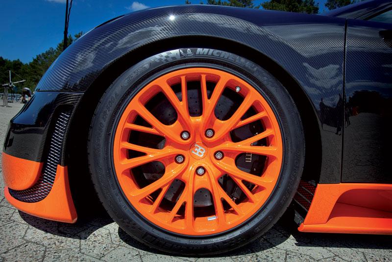 Bugatti Veyron Super Sport: první foto produkční verze: - fotka 38
