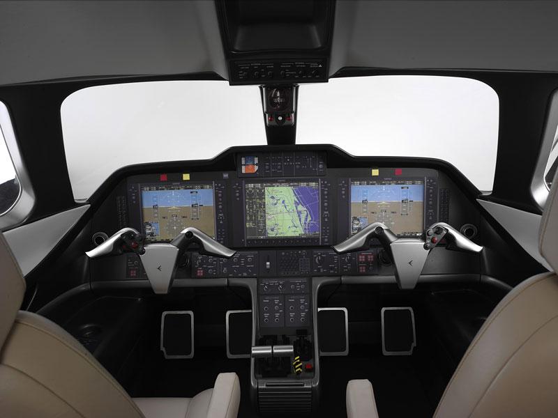 BMW Group DesignworksUSA navrhlo interiér pro Embraer: - fotka 1