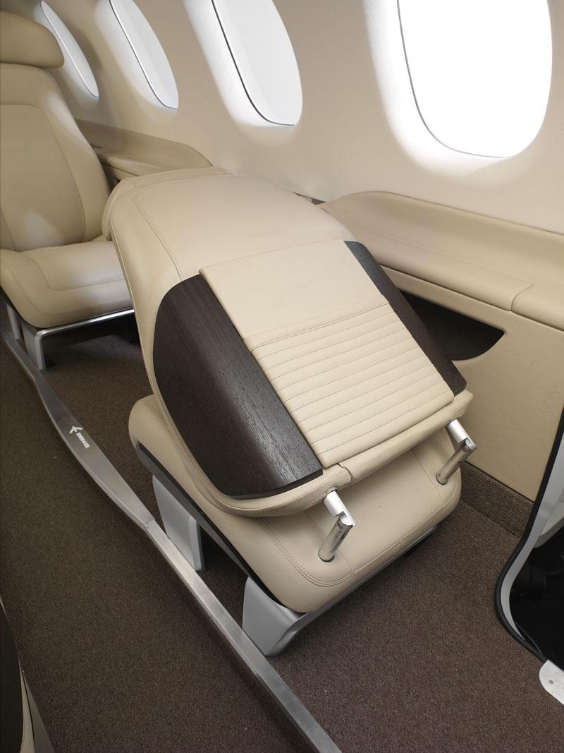 BMW Group DesignworksUSA navrhlo interiér pro Embraer: - fotka 6