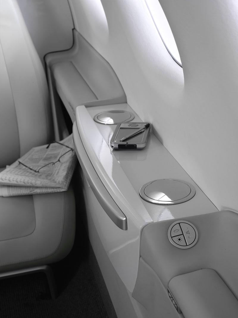 BMW Group DesignworksUSA navrhlo interiér pro Embraer: - fotka 10