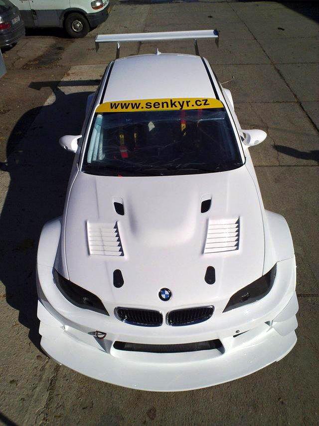BMW 1 Coupé GTR od Šenkýř Motosport: brněnský drak: - fotka 3