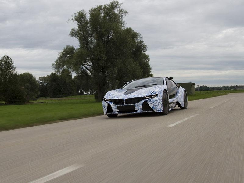 BMW Vision EfficientDynamics: do prodeje už za dva roky: - fotka 16
