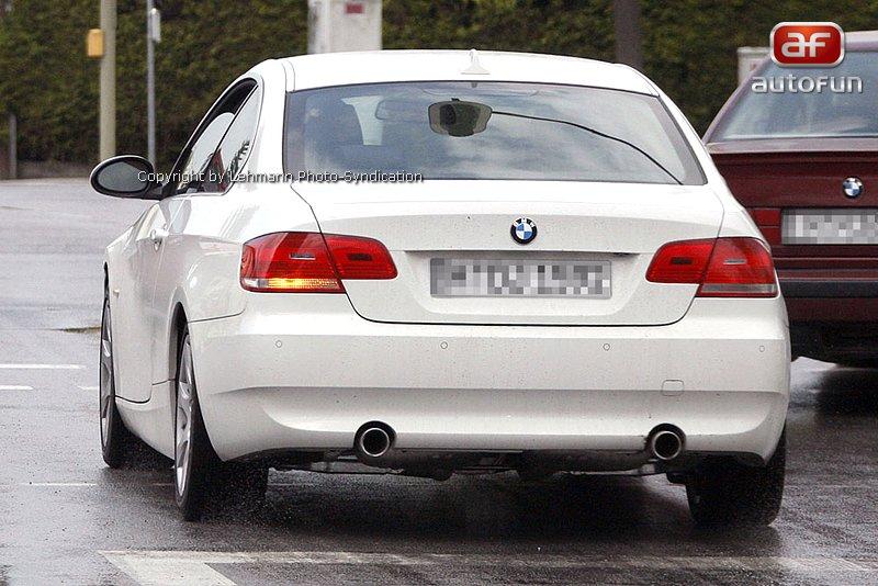 Spy Photos: BMW 3 Coupe: - fotka 10