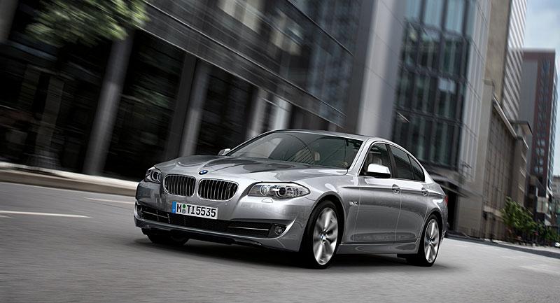 Příští BMW M5 dostane 4,4 V8 Biturbo (578 koní): - fotka 33