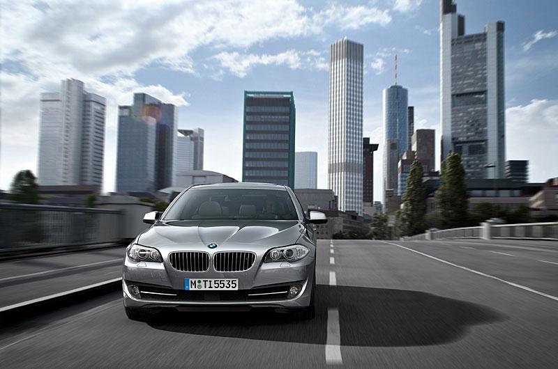 Příští BMW M5 dostane 4,4 V8 Biturbo (578 koní): - fotka 35