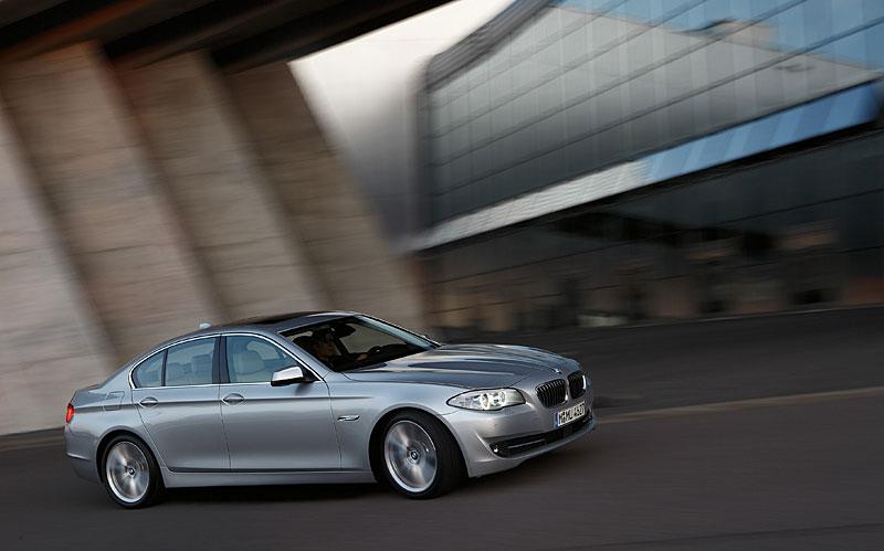 Příští BMW M5 dostane 4,4 V8 Biturbo (578 koní): - fotka 40