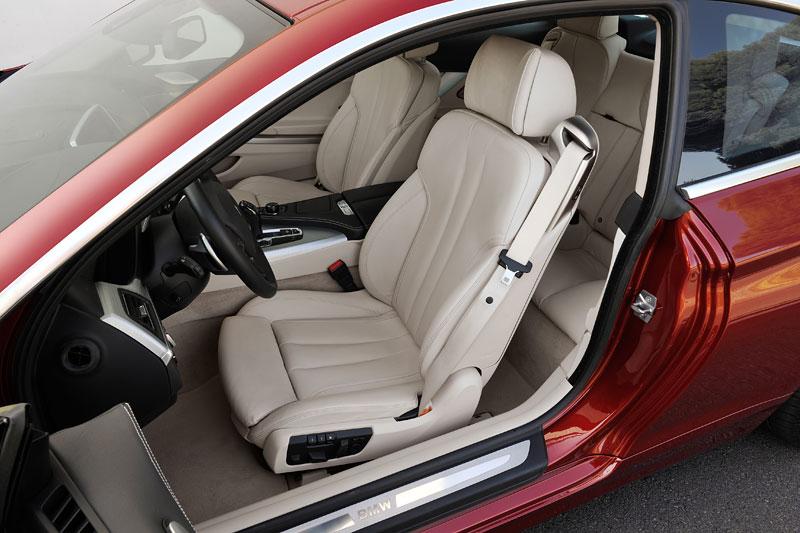 BMW 6 Coupé: oficiální premiéra (velká fotogalerie): - fotka 17