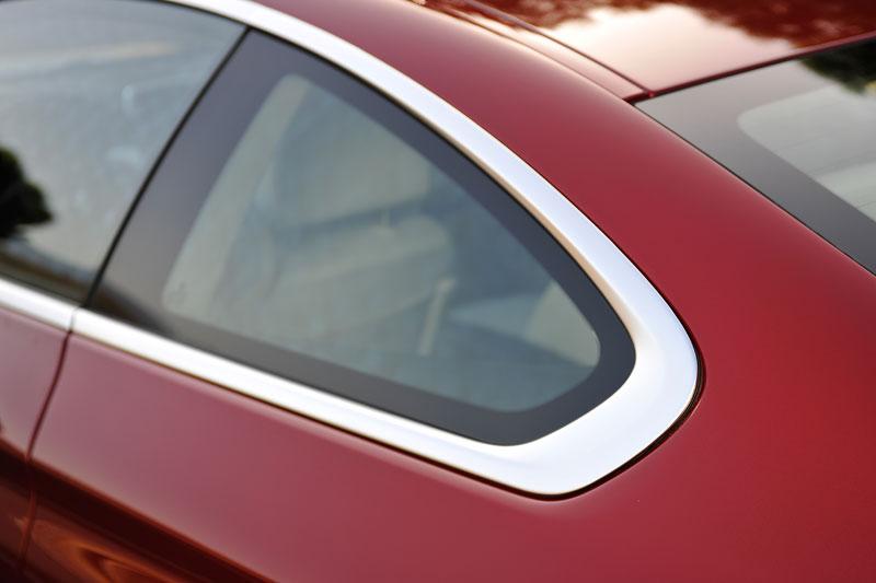BMW 6 Coupé: oficiální premiéra (velká fotogalerie): - fotka 65