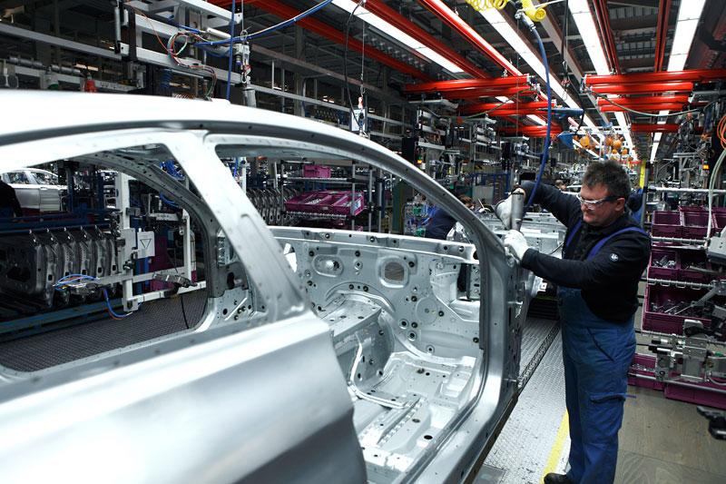 BMW 6 Coupé: oficiální premiéra (velká fotogalerie): - fotka 101