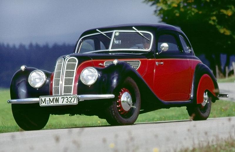 BMW 6 Coupé: oficiální premiéra (velká fotogalerie): - fotka 109