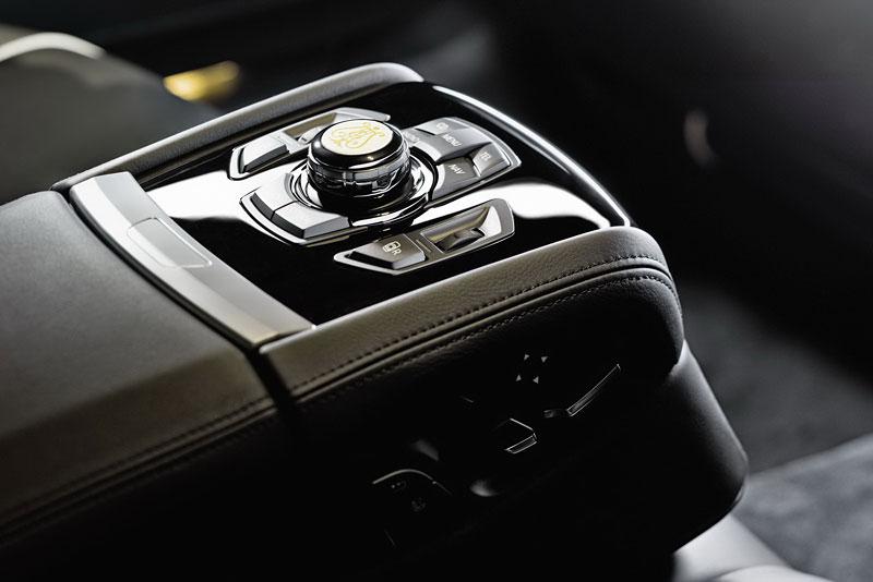 BMW 7: Steinway & Sons i pro Čínu: - fotka 2