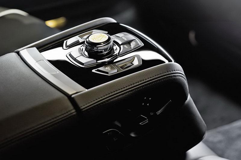 BMW 7: Steinway & Sons i pro Čínu: - fotka 18