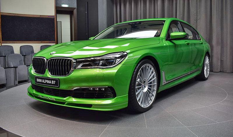 Alpina B7: Sluší decentnímu sedanu jedovatě zelená, nebo je to už příliš?: - fotka 6
