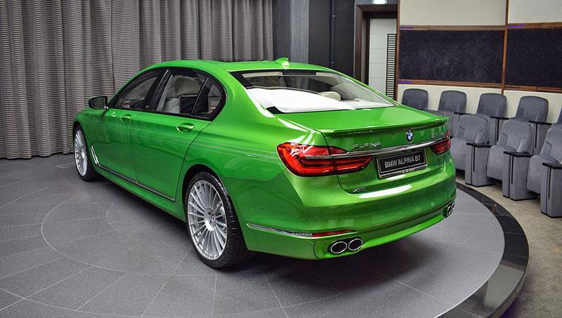 Alpina B7: Sluší decentnímu sedanu jedovatě zelená, nebo je to už příliš?: - fotka 8