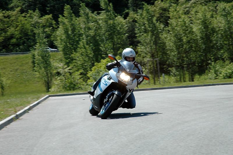 Test - BMW K1200S: nejlepší z nejlepších: - fotka 9