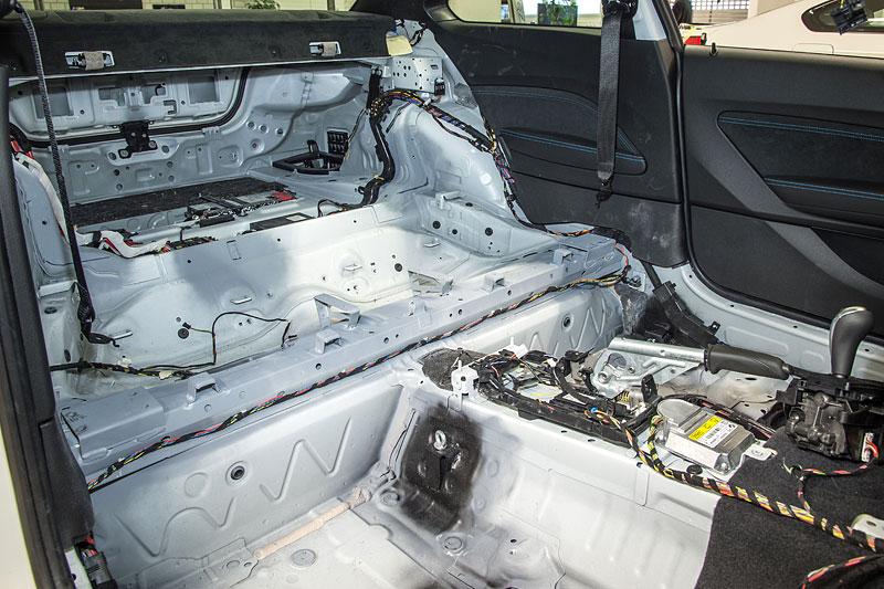 BMW M2 je nový safety car pro Moto GP: - fotka 27