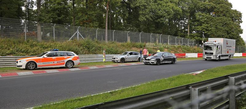 Nové BMW M3 vs. svodidla na Ringu - 0:1: - fotka 2