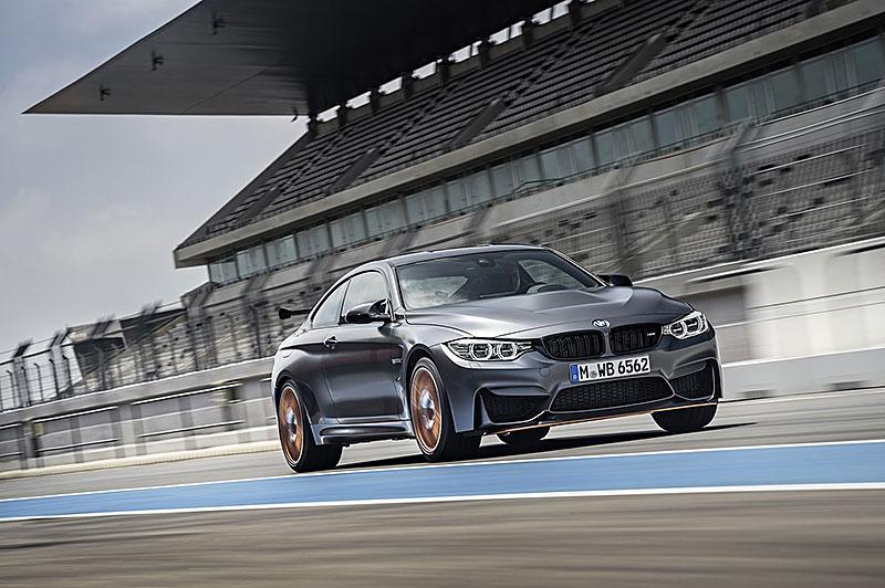 BMW M4 GTS zajelo kolo na Ringu pod sedm a půl minuty: - fotka 21