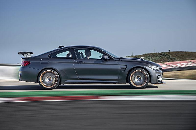 BMW M4 GTS zajelo kolo na Ringu pod sedm a půl minuty: - fotka 29
