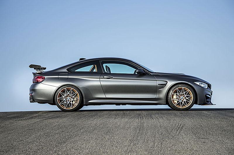 BMW M4 GTS zajelo kolo na Ringu pod sedm a půl minuty: - fotka 31
