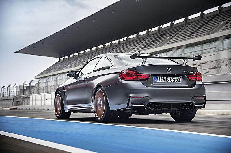 BMW M4 GTS zajelo kolo na Ringu pod sedm a půl minuty: - fotka 41
