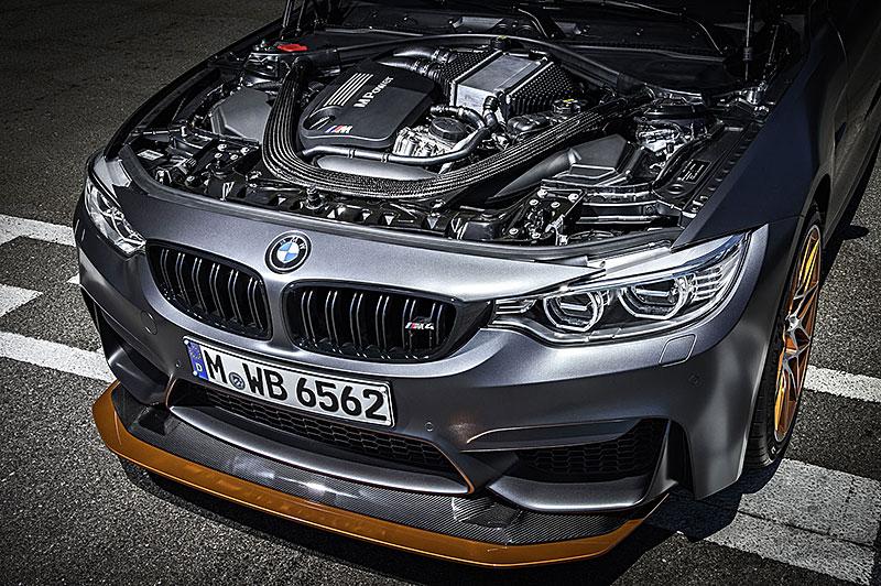 BMW M4 GTS zajelo kolo na Ringu pod sedm a půl minuty: - fotka 46