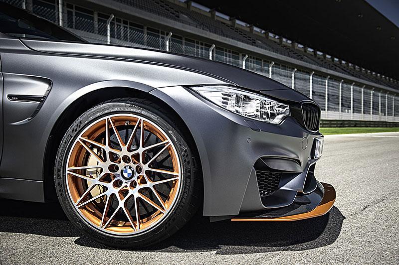 BMW M4 GTS zajelo kolo na Ringu pod sedm a půl minuty: - fotka 49