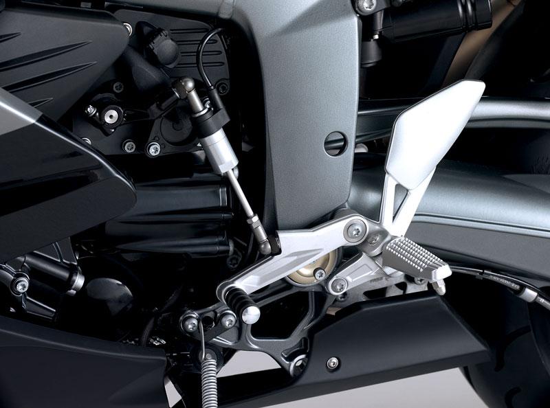 BMW 2009: K1300S, K1300R, K1300GT (6x video!): - fotka 80