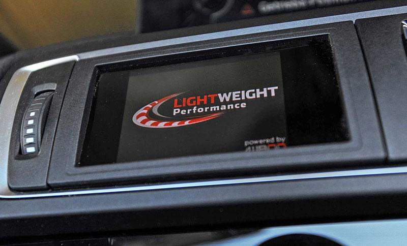 Lightweight Performance nabízí vlastní BMW M2 Cabrio: - fotka 7