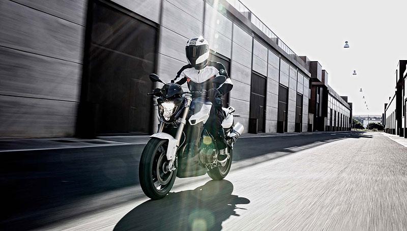 Motocyklové novinky z výstavy EICMA (2. díl): - fotka 38