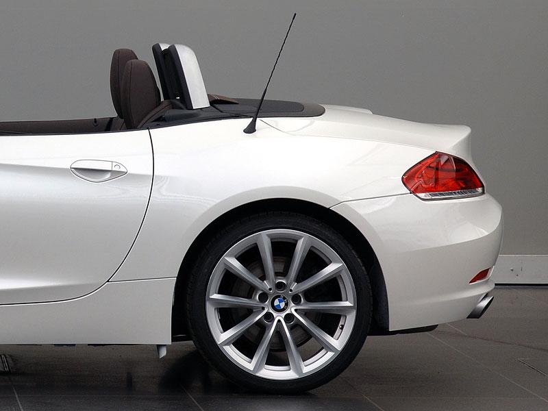 BMW Design Pure Balance: nový paket pro Z4: - fotka 3